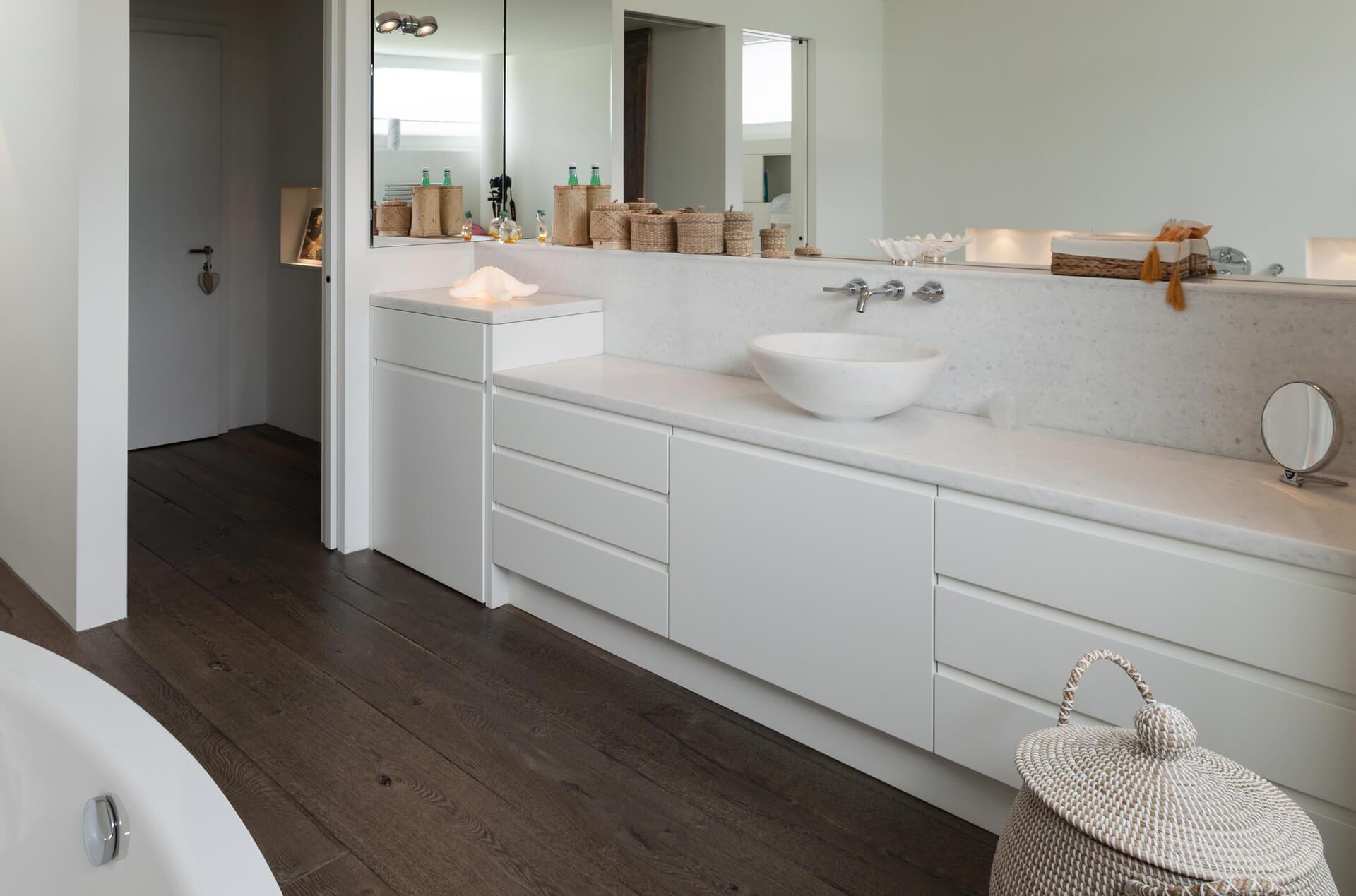 אורנות אמבטיה 8